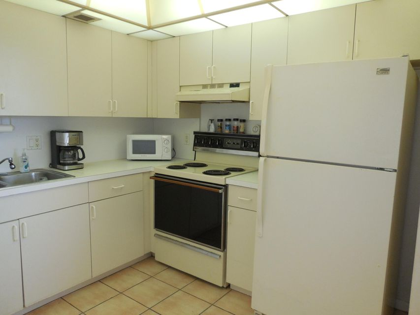 Additional photo for property listing at 427 Wellington G 427 Wellington G West Palm Beach, Florida 33417 Vereinigte Staaten