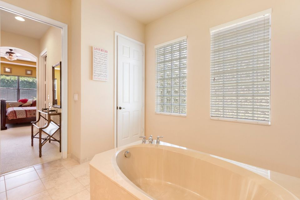 16003 Rosecroft Terrace Delray Beach FL 33446 - photo 13