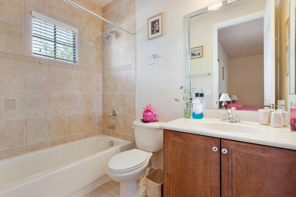 16003 Rosecroft Terrace Delray Beach FL 33446 - photo 15