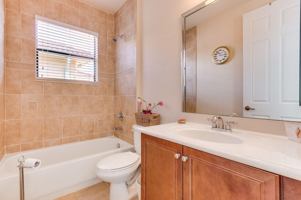 16003 Rosecroft Terrace Delray Beach FL 33446 - photo 17