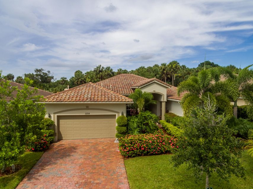 Additional photo for property listing at 11214 SW Apple Blossom Trail  Port St. Lucie, Florida 34987 Vereinigte Staaten