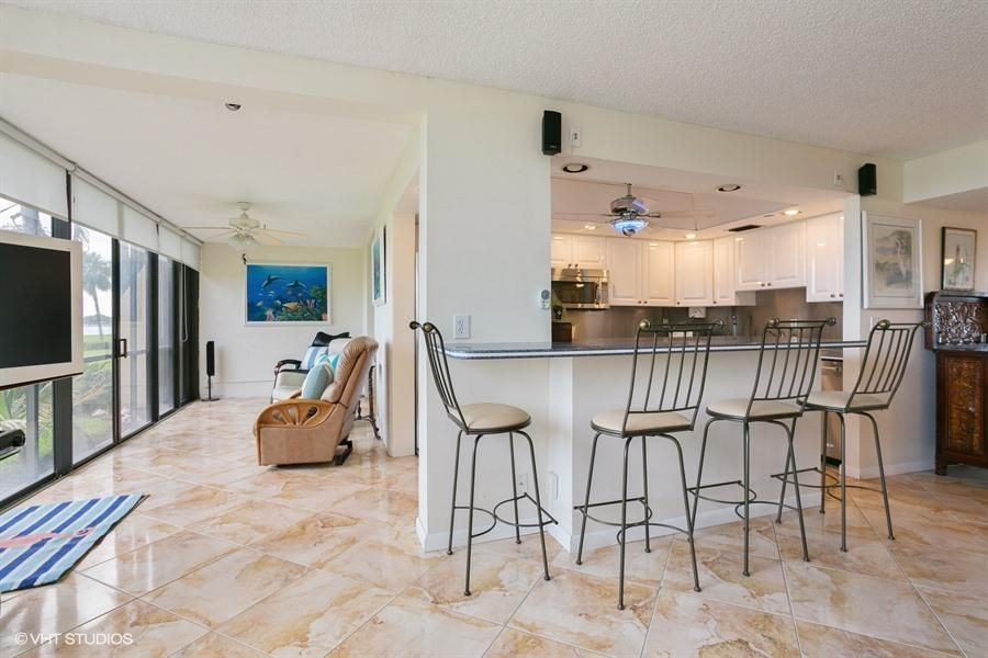 Additional photo for property listing at 1648 Jupiter Cove Drive  Jupiter, Florida 33469 Estados Unidos