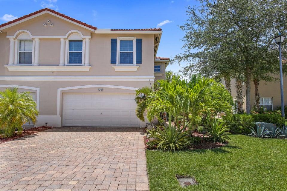 4201 Cohune Palm Ct., Greenacres, FL 33463