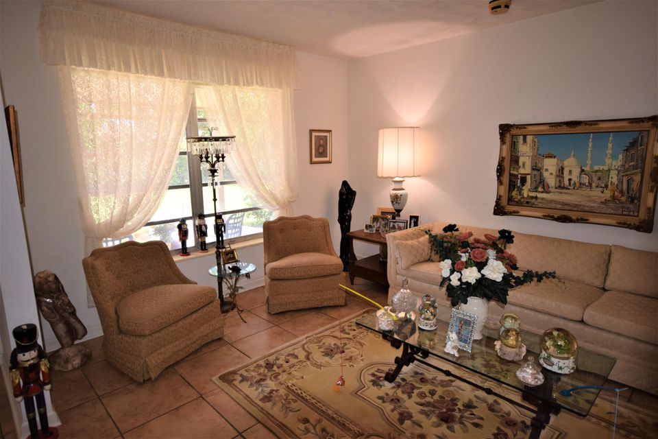 Additional photo for property listing at 430 NE 36th Street  Boca Raton, Florida 33431 United States