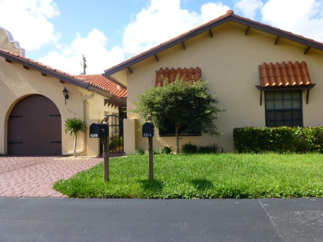 Villa for Sale at 5213 W Magellan Way 5213 W Magellan Way Delray Beach, Florida 33484 United States