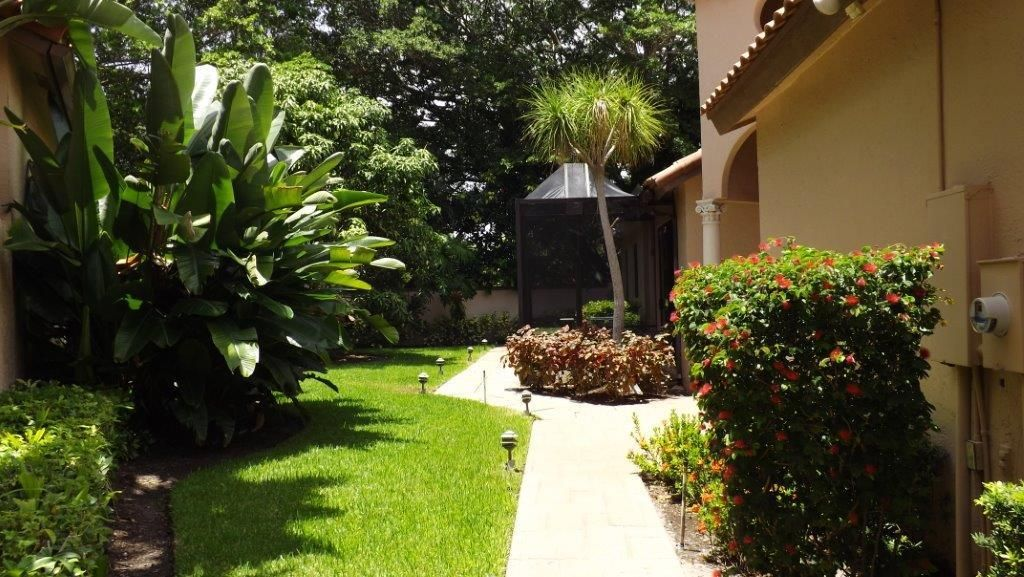 Additional photo for property listing at 5813 NW 21st Way 5813 NW 21st Way Boca Raton, Florida 33496 Estados Unidos
