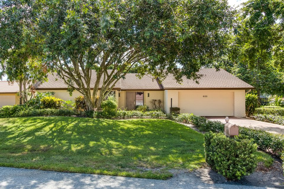 6155 Celadon Circle , Palm Beach Gardens FL 33418 is listed for sale as MLS Listing RX-10354524 40 photos