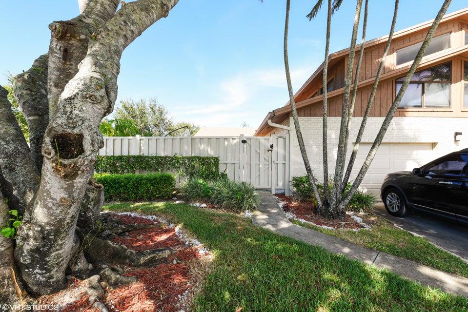 9620 Boca Gardens Circle N A, Boca Raton, FL 33496