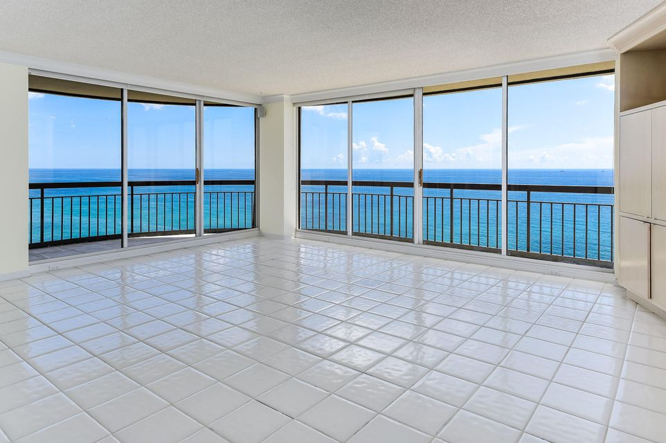 Additional photo for property listing at 4000 N Ocean Drive  Singer Island, Florida 33404 United States