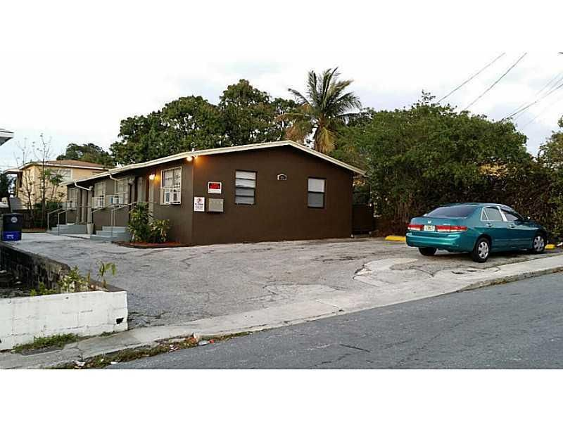 Additional photo for property listing at 905 19th Street 905 19th Street West Palm Beach, Florida 33407 United States