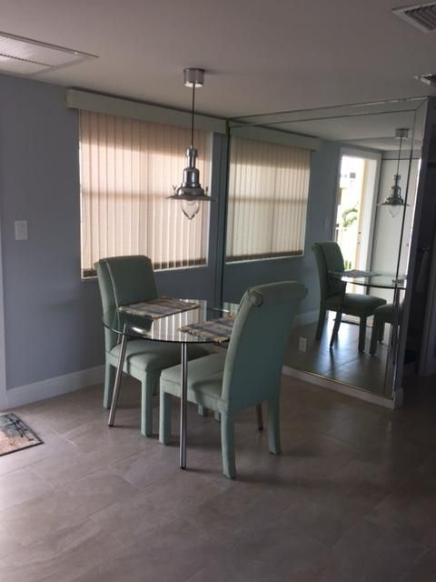 Additional photo for property listing at 1820 New Palm Way  Boynton Beach, Florida 33435 United States