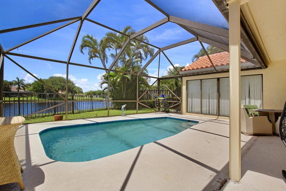 13290 Saint Tropez Circle , Palm Beach Gardens FL 33410 is listed for sale as MLS Listing RX-10363210 26 photos