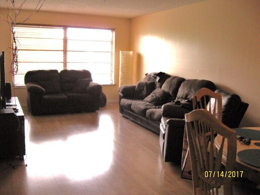 7480 NW 17th Street 307, Plantation, FL 33313