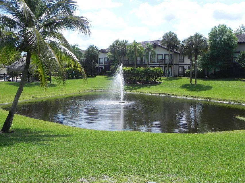 Additional photo for property listing at 11863 Wimbledon Circle  Wellington, Florida 33414 United States
