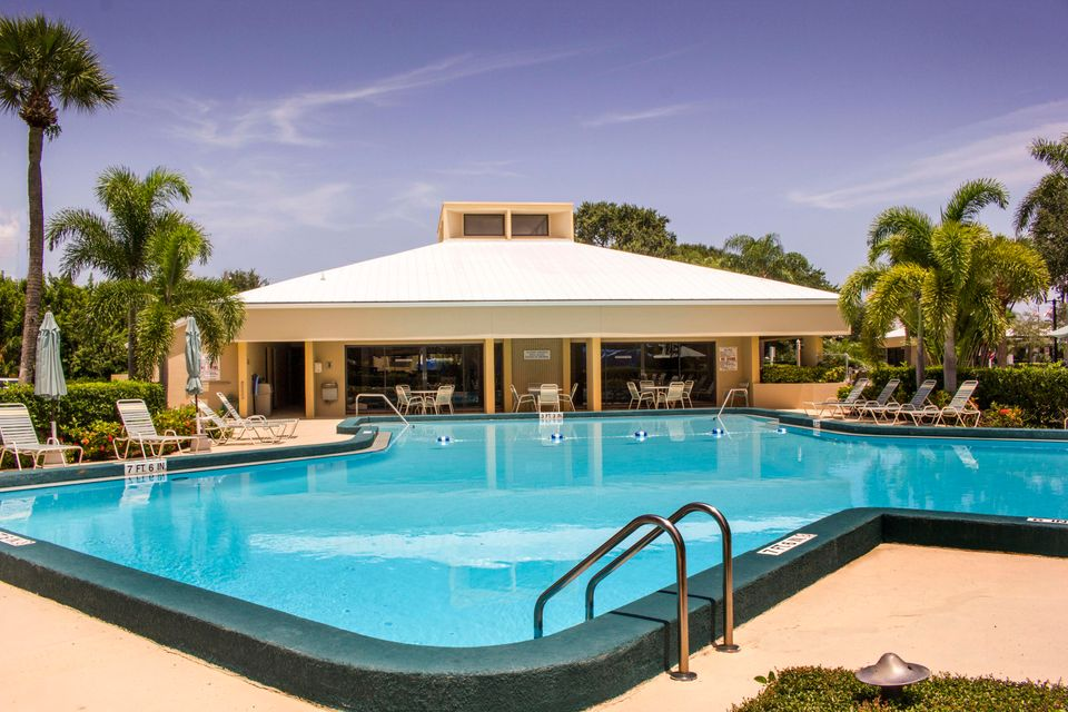 Additional photo for property listing at 1648 Jupiter Cove Drive # 111 1648 Jupiter Cove Drive # 111 Jupiter, Florida 33469 United States