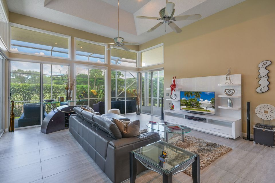 Additional photo for property listing at 10301 Shireoaks Lane 10301 Shireoaks Lane Boca Raton, Florida 33498 Vereinigte Staaten