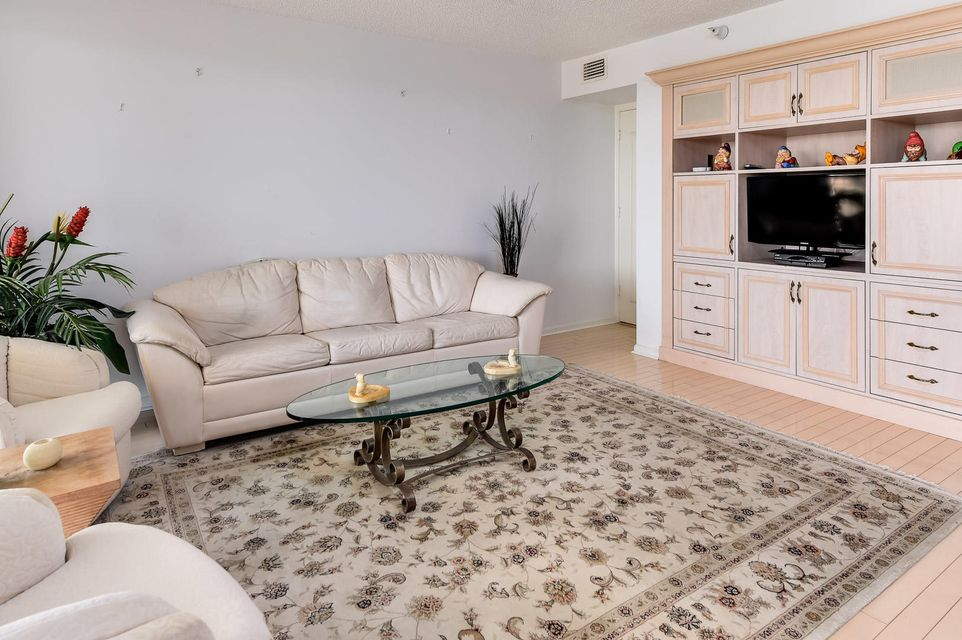3440 S Ocean Boulevard 404 S, Palm Beach FL 33480 is listed for sale as MLS Listing RX-10351255 photo #7