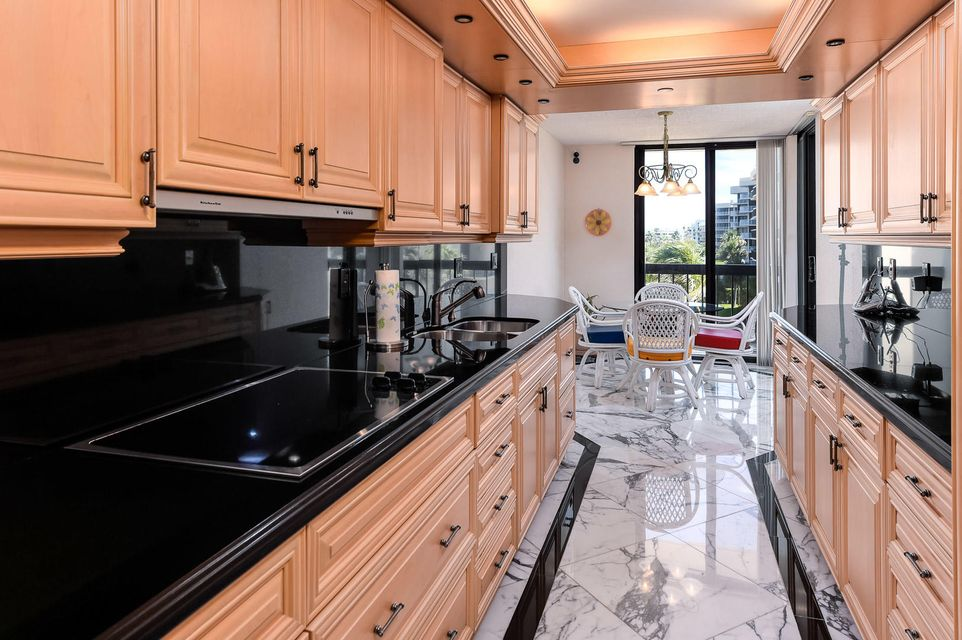 3440 S Ocean Boulevard 404 S, Palm Beach FL 33480 is listed for sale as MLS Listing RX-10351255 photo #10