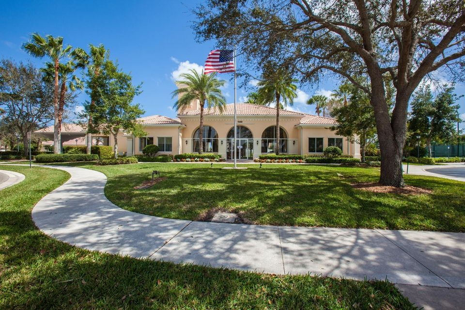 Additional photo for property listing at 865 Niemen Drive  Palm Beach Gardens, Florida 33410 États-Unis