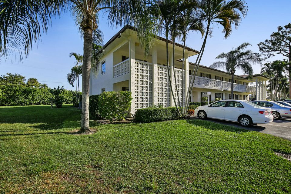 Additional photo for property listing at 5399 Poppy Place  Delray Beach, Florida 33484 Estados Unidos