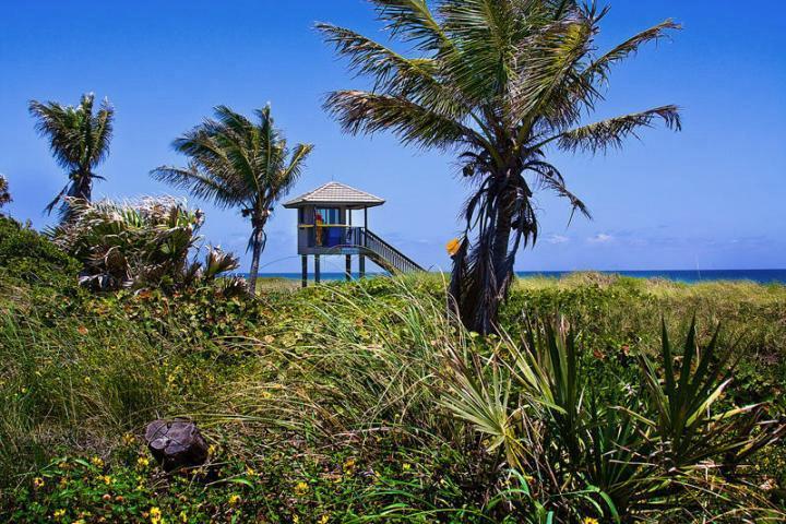 Additional photo for property listing at 920 Seasage Drive 920 Seasage Drive Delray Beach, Florida 33483 Estados Unidos