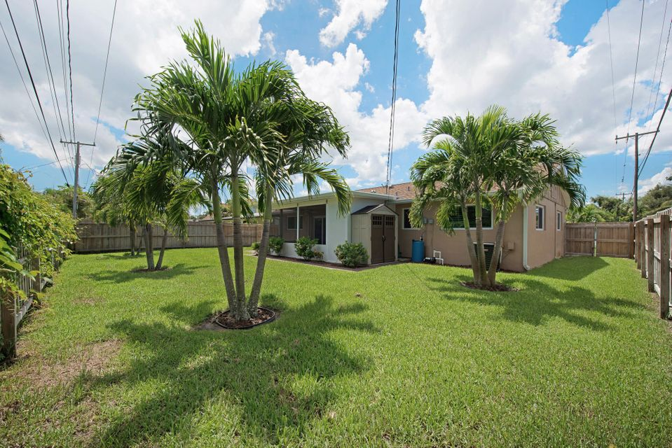 Additional photo for property listing at 378 Garden Boulevard  Palm Beach Gardens, Florida 33410 United States