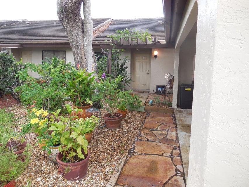 Vila para Locação às 10051 Shadywood Place 10051 Shadywood Place Boynton Beach, Florida 33437 Estados Unidos