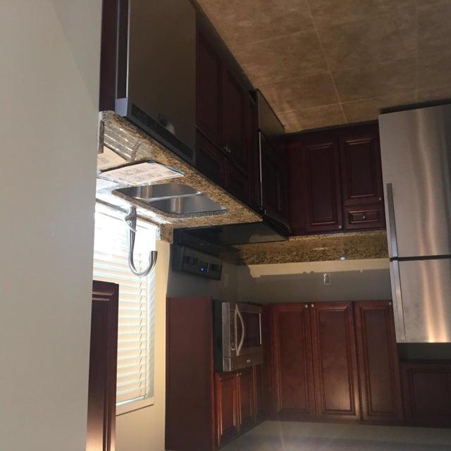 Residência urbana para Locação às 186 SE 2nd Street 186 SE 2nd Street Deerfield Beach, Florida 33441 Estados Unidos