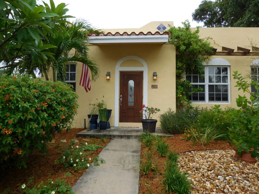 Home for sale in BUNKER HILL ADD TO WPB West Palm Beach Florida