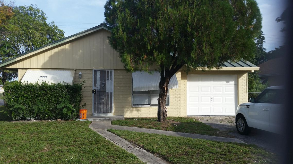 House for Sale at 1560 NW 7th Avenue Pompano Beach, Florida 33060 United States