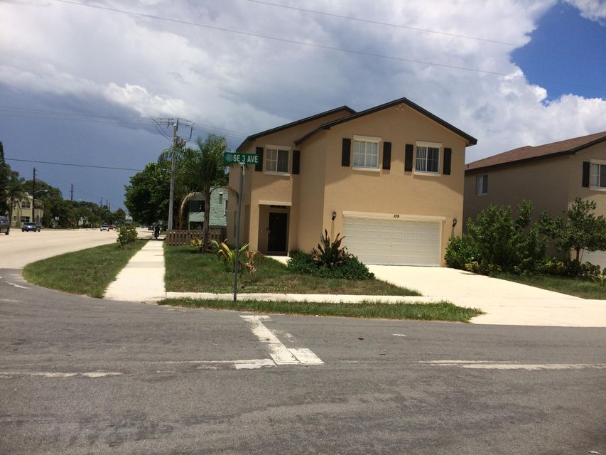 Additional photo for property listing at 304 Seacrest Boulevard  Boynton Beach, Florida 33435 Estados Unidos