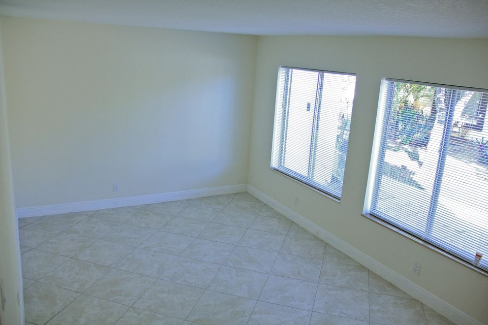 Additional photo for property listing at 5328 Bosque Lane 5328 Bosque Lane West Palm Beach, Florida 33415 United States