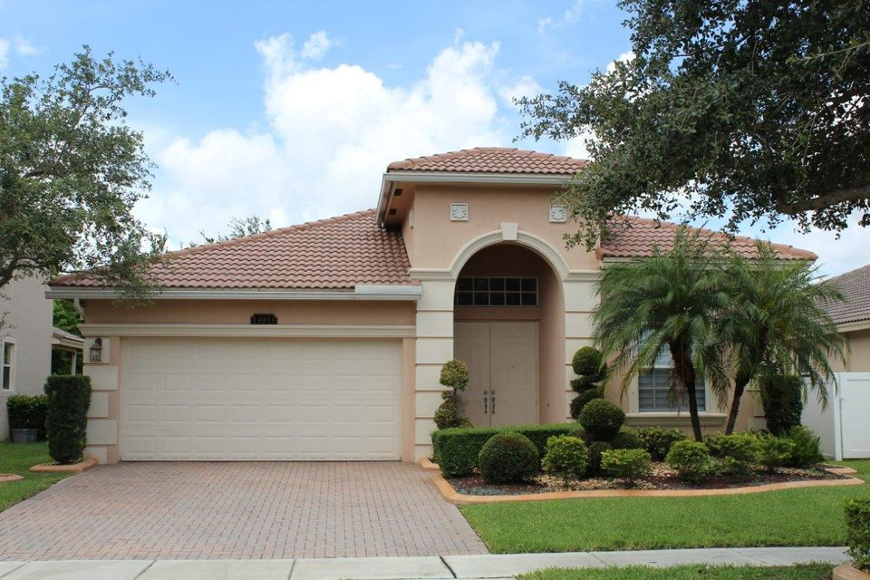 Single Family Home for Sale at 14931 SW 52 Street 14931 SW 52 Street Miramar, Florida 33027 United States