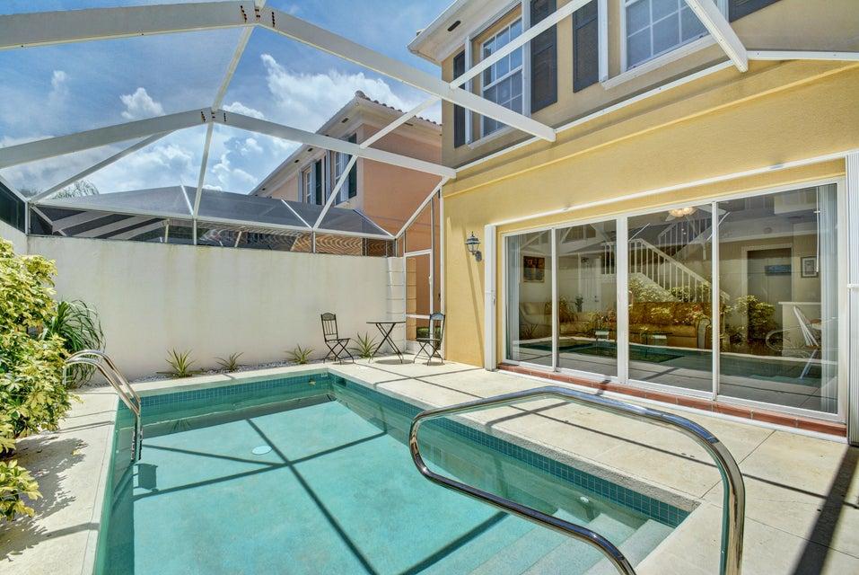 Residência urbana para Locação às 22 Tall Oaks Circle 22 Tall Oaks Circle Tequesta, Florida 33469 Estados Unidos