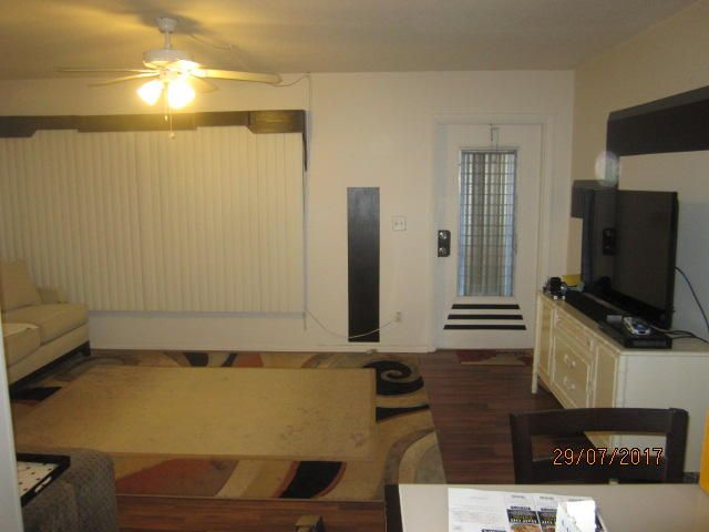 Additional photo for property listing at 2929 SE Ocean Boulevard 2929 SE Ocean Boulevard Stuart, Florida 34996 États-Unis