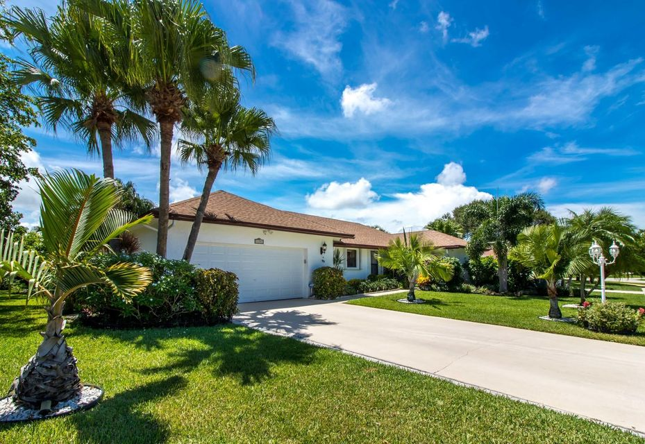 Additional photo for property listing at 14897 Sunnyview Lane  Delray Beach, Florida 33484 United States