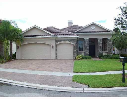 Alquiler por un Alquiler en 8493 Butler Greenwood Drive Royal Palm Beach, Florida 33411 Estados Unidos
