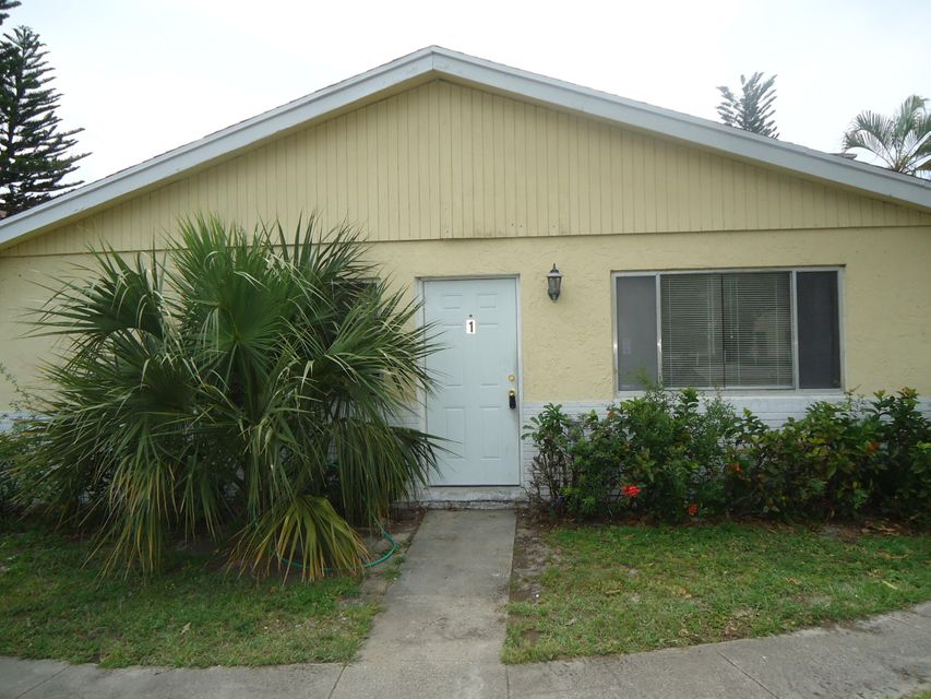 Additional photo for property listing at 828 Tiffany Drive E 828 Tiffany Drive E West Palm Beach, Florida 33407 Vereinigte Staaten