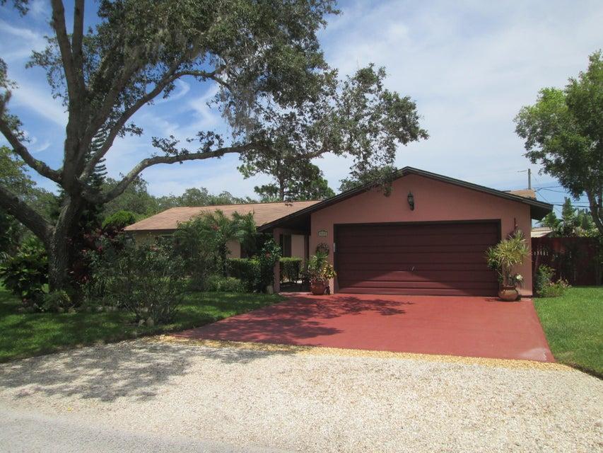 9875 Honeysuckle Drive, Micco, FL 32976