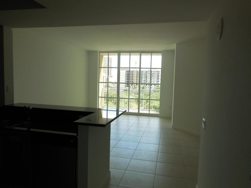 Co-op / Condo for Rent at 410 Evernia Street 410 Evernia Street West Palm Beach, Florida 33401 United States