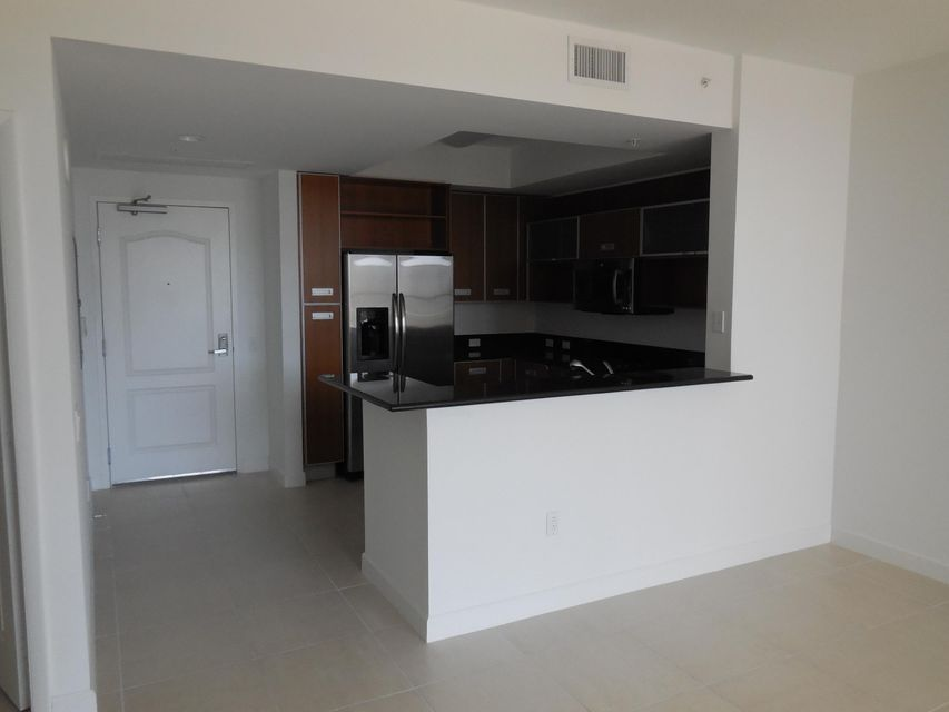 Additional photo for property listing at 410 Evernia Street 410 Evernia Street West Palm Beach, Florida 33401 United States