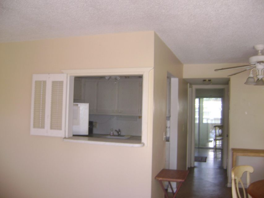 Additional photo for property listing at 222 Windsor 222 Windsor West Palm Beach, Florida 33417 United States