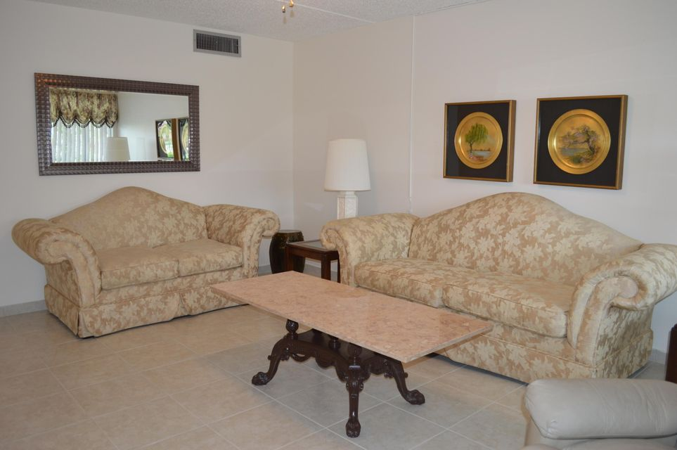 Co-op / Condo for Sale at 3500 Springdale Boulevard 3500 Springdale Boulevard Palm Springs, Florida 33461 United States