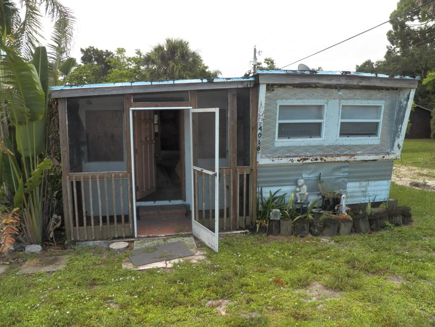 Additional photo for property listing at 4018 SE Salerno Road  Stuart, Florida 34997 Estados Unidos
