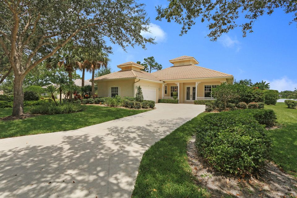 Single Family Home for Sale at 5934 SE Forest Glade Trail 5934 SE Forest Glade Trail Hobe Sound, Florida 33455 United States