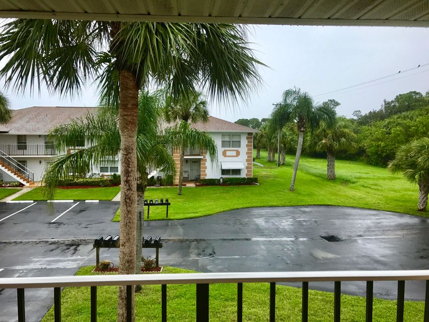 Additional photo for property listing at 533 S Lakes End Drive  Fort Pierce, Florida 34982 United States