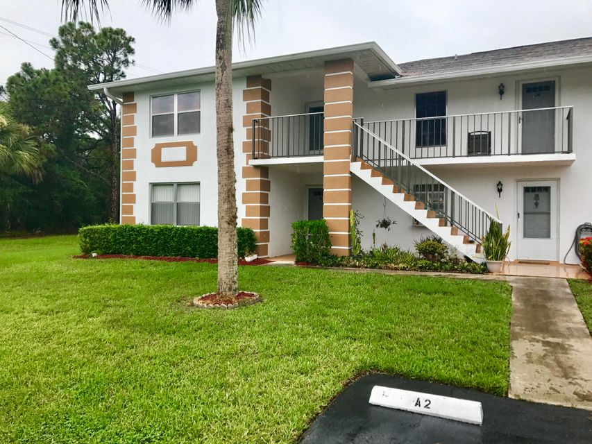 Additional photo for property listing at 533 S Lakes End Drive 533 S Lakes End Drive Fort Pierce, Florida 34982 Estados Unidos