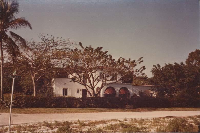 895 Hibiscus Street