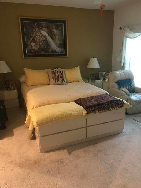 Additional photo for property listing at 6340 Long Key Lane 6340 Long Key Lane Boynton Beach, Florida 33472 United States