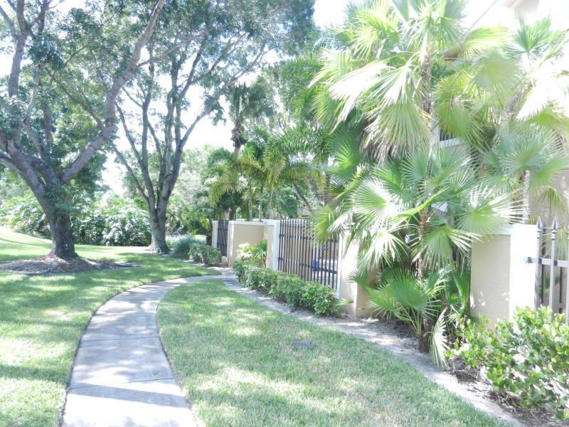 Additional photo for property listing at 361 Prestwick Circle  Palm Beach Gardens, Florida 33418 United States